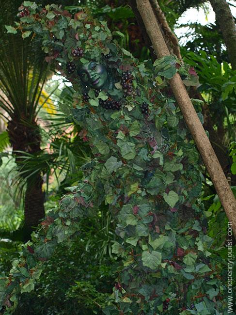 Nature in disguise - Devine camouflaged amongst the foliage at Disney's Animal Kingdom