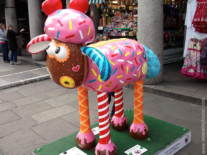Candy Baa looks good enough to eat...well almost. Located in Covent Garden, he's part of the Shaun in the City Art Trail in London.
