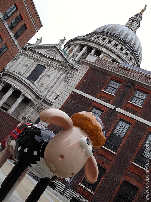 Hamish Shaun with St Paul's Cathedral in the background. Part of the Shaun in the City Art Trail in London.
