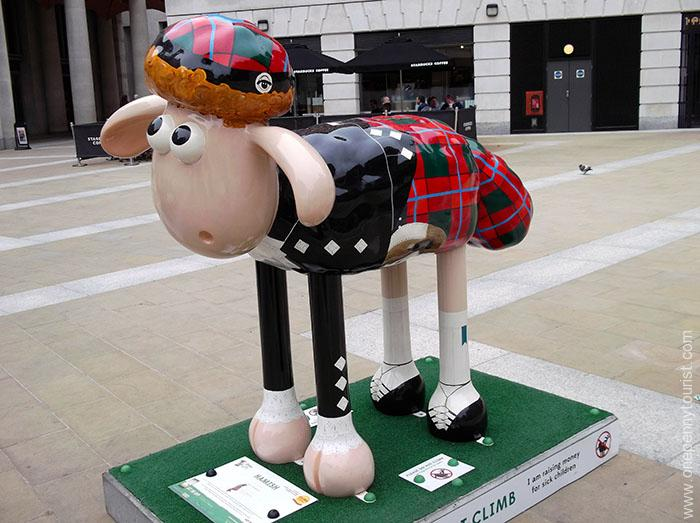 Hamish Shaun is looking good in his traditional Scottish outfit.  Part of the Shaun in the City Art Trail in London.