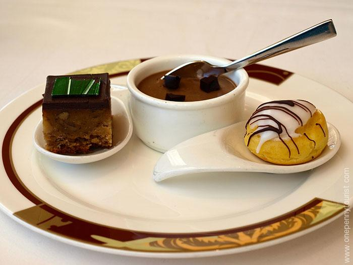 Disney Cruise Line Desserts. A Guide to Tipping