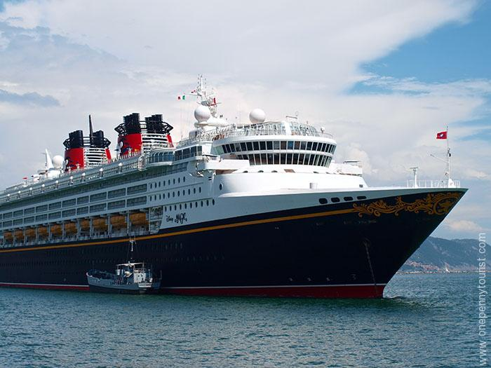 A Disney Cruise Line Guide to Tipping