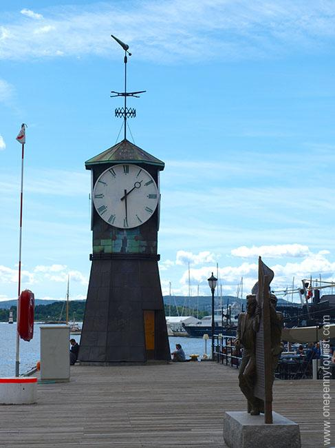 Oslo in 8 hours - Aker Brygge Clock Tower, Oslo, Norway. OnePennyTourist.com
