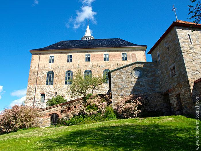 Oslo in 8 hours - Akershus Fortress in Oslo, Norway. OnePennyTourist.com