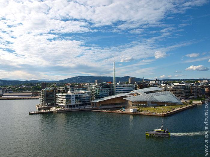 Oslo in 8 hours: Astrup Fearnley Museum, Oslo, Norway. OnePennyTourist.com