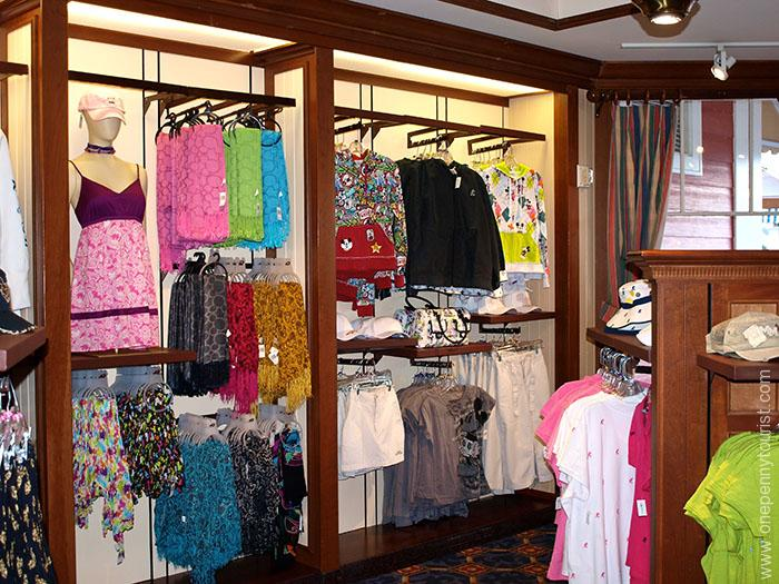 There is certainly no shortage of shopping opportunities in Orlando. Tips for visiting Orlando, Florida. OnePennyTourist.com